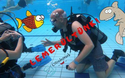 Ceremóniamester a vízben! (videó)